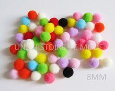 50 petits pompons ronds 8 mm à coudre ou coller de couleur mélangée et aléatoires - CP244