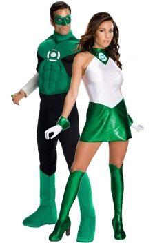 Green Lantern.  Enfilez vos costumes de justiciers et partez à l'aventure des soirées déguisées à thèmes «super-héros», «films», «bandes dessinées», «jeux vidéos» ou vos évènements cosplay.