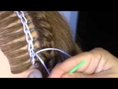 Encintado Cadeneta para un Peinado - Chain Weave for a Hairstyle peinados de nina Childrens Hairstyles, Cute Hairstyles For Kids, Baby Girl Hairstyles, Party Hairstyles, Unique Hairstyles, Trending Hairstyles, Braided Bun Hairstyles, Straight Hairstyles, Hairstyle Braid