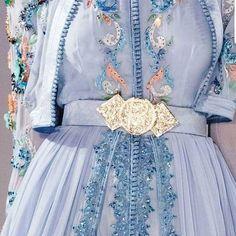 Morrocan Dress, Moroccan Caftan, Couture Dresses, Bridal Dresses, Fashion Dresses, Dubai Fashionista, Disney Princess Outfits, Afghan Dresses, Silky Dress
