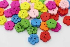 10 Sunflower Sew Through Wooden Button, Wood Buttons, Floral Button, Children Button, Decorative Button, Two Holes,Baby Button,Colorful