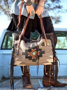 Cotton-Blend Shoulder Bags – Purses And Handbags Boho Tote Handbags, Purses And Handbags, Burberry Handbags, Coach Handbags, Mode Country, Looks Country, Estilo Glamour, Boho Accessories, Handbag Accessories