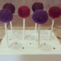 Yummy cake balls