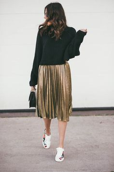 Black and gold go well together.