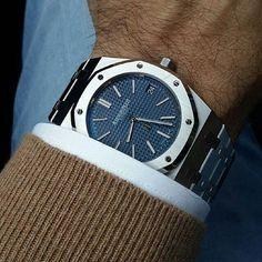 Royal Oak by Audimars Piguet Men's Watches, Cool Watches, Fashion Watches, Men's Fashion, Fashion Styles, Fashion Women, Audemars Piguet Watches, Audemars Piguet Royal Oak, Stylish Watches