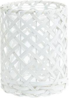 Stilvolles Windlicht aus Rattan - ein Blickfang in edlem Weiß