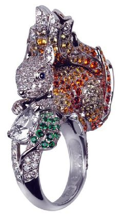 Boucheron squirrel ring in white gold with diamonds and sapphires