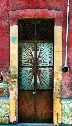 Doors - León, Guanajuato, México   ..rh