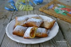 BUGIE RIPIENE Italian Pastries, Cannoli, Beignets, Churros, Biscotti, French Toast, Cupcake, Cooking Recipes, Snacks
