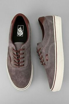 Different Types of Sneakers. I wager it is those sneakers that you use everywhere. Sneaker can be used for lots of things Suede Sneakers, Vans Sneakers, Casual Sneakers, Vans Shoes, Casual Shoes, Shoes Men, Vans Era 59, Tenis Vans, Fashion Shoes