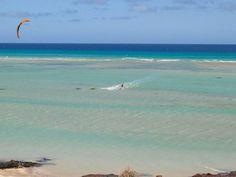 Playa de la Barca en Sotavento. Un lugar para descansar en plena naturaleza o practicar tu deporte favorito.  Fotos de Schätzmüller