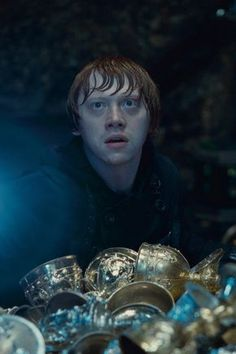 Some People Who Shall Not Be Named Think Ron Weasley Was a Death Eater Harry Potter Theories, Harry Potter Ron Weasley, First Harry Potter, Harry Potter Characters, Harry Potter Fandom, Potter Facts, Ron Weasley Now, Saga, Welcome To Hogwarts