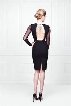 Little Black Dress - Fitted open back - backless