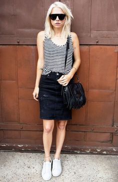 street-style-saia-lapis-jeans-destroyed-blusa-listrada-tenis-steal-the-look