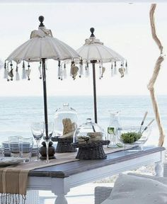 Vinzon//hang sea glass dangles from a large umbrella// XXXX