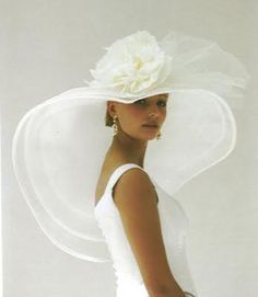 White hat and elegance