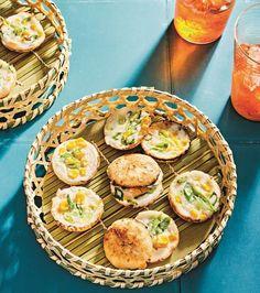 Coconut Pancakes, Savory Pancakes, Caesar Recipe, Cake Pop Maker, Thai Coconut, Asian, Us Foods, Bread Baking, Tasty Dishes