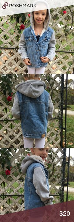 Abercrombie Girls Hooded Jean Sweatshirt Jacket Abercrombie Little girls Jean hooded sweatshirt jacket. Colors blue and gray. Fleece lined inside. Buttons and pockets in front. In very good condition! Abercombie Kids Jackets & Coats Jean Jackets