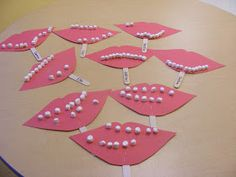Easy Breezy: community helpers Preschool Crafts learn about the teeth and our mouthes, how many do we have?- roll dice or select number of how many teeth they would like Preschool Projects, Daycare Crafts, Preschool Themes, Classroom Crafts, Preschool Activities, Crafts For Kids, Space Activities, Health Activities, Health Resources