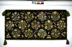 Cushion cover - Victoria & Albert Museum - Search the Collections