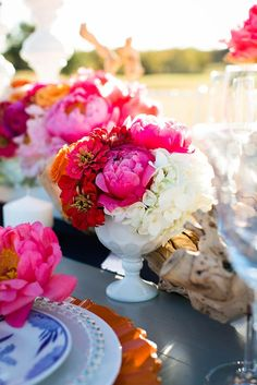 Bright little centerpiece by Lush Couture Floral in styled shoot by Deanie Michelle Events. Photo by Tracy Autem Photography. #wedding #centerpiece #pink