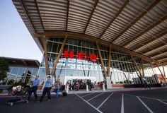 HEB exterior-15 friggin' amazing things about the H-E-B at Mueller