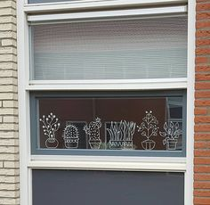 Die Fensterdeko mit Kreidemarker ist der neueste Trend: Tipps & Vorlagen and other on the draw Window Markers, Plant Drawing, Chalk Markers, Window Art, Plant Wall, Chalkboard Art, Window Design, Chalk Art, Decoration