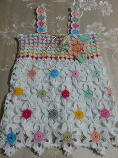 Crochet For Kids, Crochet Top, Knitting Patterns, Crochet Patterns, Crochet Bikini Pattern, Girls Blouse, Baby Dress, Diy And Crafts, Coin Purse