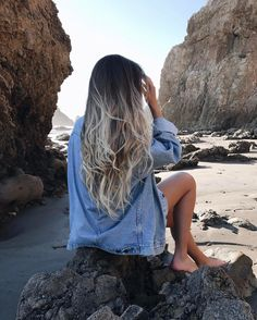 long hair styles blonde | ombre | highlights | haircut | loose curls