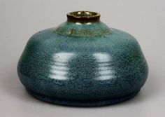 Afbeeldingsresultaat voor wC brouwer Modern Retro, Retro Vintage, Pots, Royal Doulton, Pottery Art, Stoneware, Art Nouveau, Arts And Crafts, Clarice Cliff