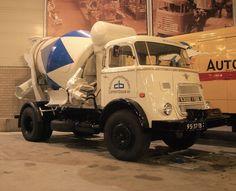 DAF 95-37-TB 1900 Betonmixer 1968 DAF Museum