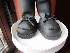 zapato niño de comunión en goma eva  de un fofucho personalizado, hecho a mano. elenamartinlopez.blogspot.com.