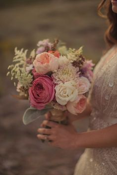 #weddingbouquet by Urban Chateau Floral  - photo by Alixann Loosle - http://ruffledblog.com/blush-and-gold-utah-wedding/