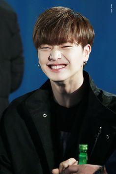 Yoook make me smile Yongin, Yook Sungjae Cute, Like A Mom, My Love, Born To Beat, Lee Minhyuk, Kim Min, Kpop Boy, Korean Actors