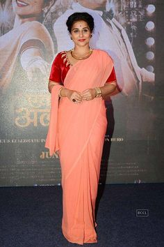 Vidya Balan seen in a simple yet elegant saree n blouse. get this replicate or customized  at @nivetas whatsapp .+917696747289 visit us at https://www.facebook.com/punjabisboutique world wide delivery available  #bollywoodSaree