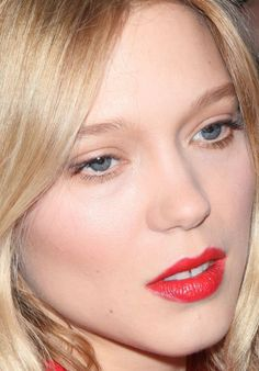 Close-up of Léa Seydoux at HuffPost Live in 2015. http://beautyeditor.ca/2015/11/12/best-beauty-looks-naomie-harris