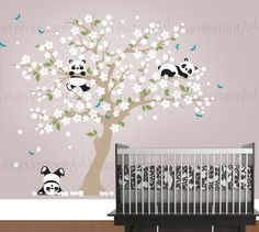 Árbol de flor de cerezo pared calcomanía Pandas juguetones en