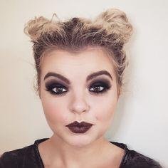 90's grunge makeup