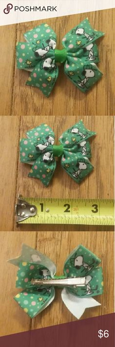Snoopy Bow New.  1 bow for $6. 2 bows for $10. 3 bows for $15.  Free mystery solid bow for every 3 bows purchased! No exclusions.  Ask for discount and I will make a listing for you!  These prices are firm. Accessories Hair Accessories