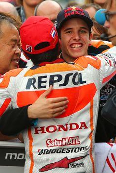 A hug from Alex Márquez ❤️ #TTAssen