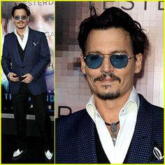 Johnny Depp Attends 'Transcendence' Premiere Sans Fiancee Amber ...