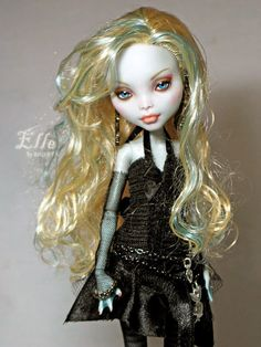 1/6 OOAK Mattel Monster High Lagoona Blue Doll Custom Repaint Full/Complete Set | eBay