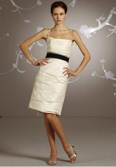 Discount Taffeta Scoop Sheath Short Bridesmaid Dress Free Measurement