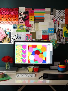 i want an inspiration board like this behind my desk. plus, i love erin jang and indigo bunting. this is her desk.