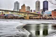 Pittsburgh from the South Side photo by Frank Zouloufos