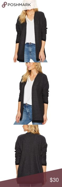 Vans Velocity Cardigan Pick up the pace and get to the weekend with cute, comfy Velocity Cardigan. Sweater-knit cotton-poly blend lends a relaxed silhouette and lightweight warmth. Open-front design. Long sleeves. Side hand pockets. Straight hemline. 60% cotton, 40% polyester. Machine wash, tumble dry. Imported. Product measurements were taken using size SM. Please note that measurements may vary by size. Measurements: Length: 28 in Vans Sweaters Cardigans
