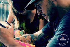 Art for Heineken. Designers, Bottle, Celebrities, Fictional Characters, Art, Heineken, Art Background, Celebs, Flask