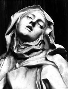 Ecstasy of Saint Teresa by Gian Lorenzo Bernini, Rome Bernini Sculpture, Sainte Therese, Gian Lorenzo Bernini, D Avila, Creation Art, Italian Artist, Renaissance Art, Religious Art, Oeuvre D'art