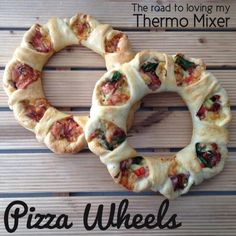 Pizza wheels Those that know me know I love dough. I love creating new things that are a little different to your standard loaf or Thermomix Bread, Pizza Wheel, Regular Pizza, Pasta, Vegetarian Cheese, Cooking Recipes, Snacks, Meals, Baking