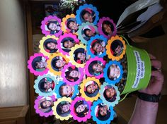 I made this for my sons kindergarten teacher crafts cute teacher gifts, bir Kindergarten Teacher Gifts, Cute Teacher Gifts, Teacher Appreciation Gifts, 90th Birthday Parties, Birthday Crafts, 90 Birthday Party Ideas, Cadeau Grand Parents, Projects For Kids, Crafts For Kids